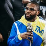 Mayweather Contacts Woodley, Wants To Help Prepare Him For Jake Paul